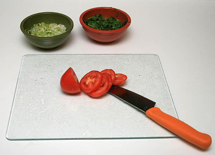 4. Slice the tomato